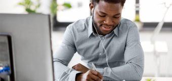 Huit podcasts pour aider les investisseurs