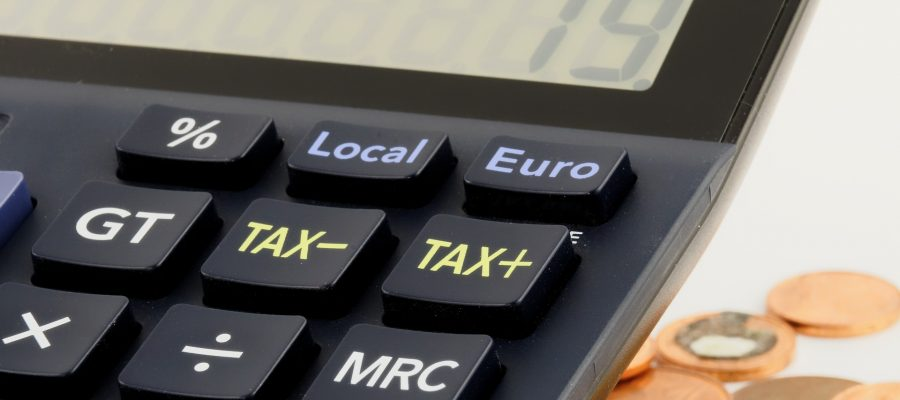 Les_astuces_fiscales_:_Comment_échapper_à_un_fardeau_fiscal_écrasant_lors_de_la_vente_d_un_terrain_financé_par_le_propriétaire